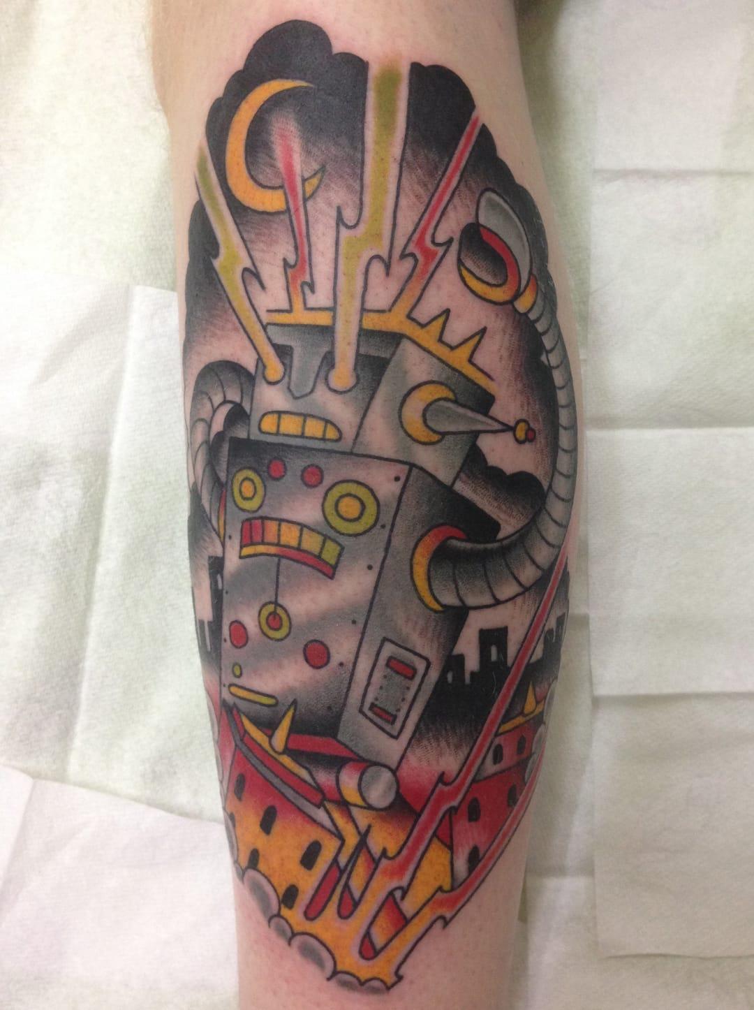 Love this robot tattoo by Elektrisk Tatovering Denmark