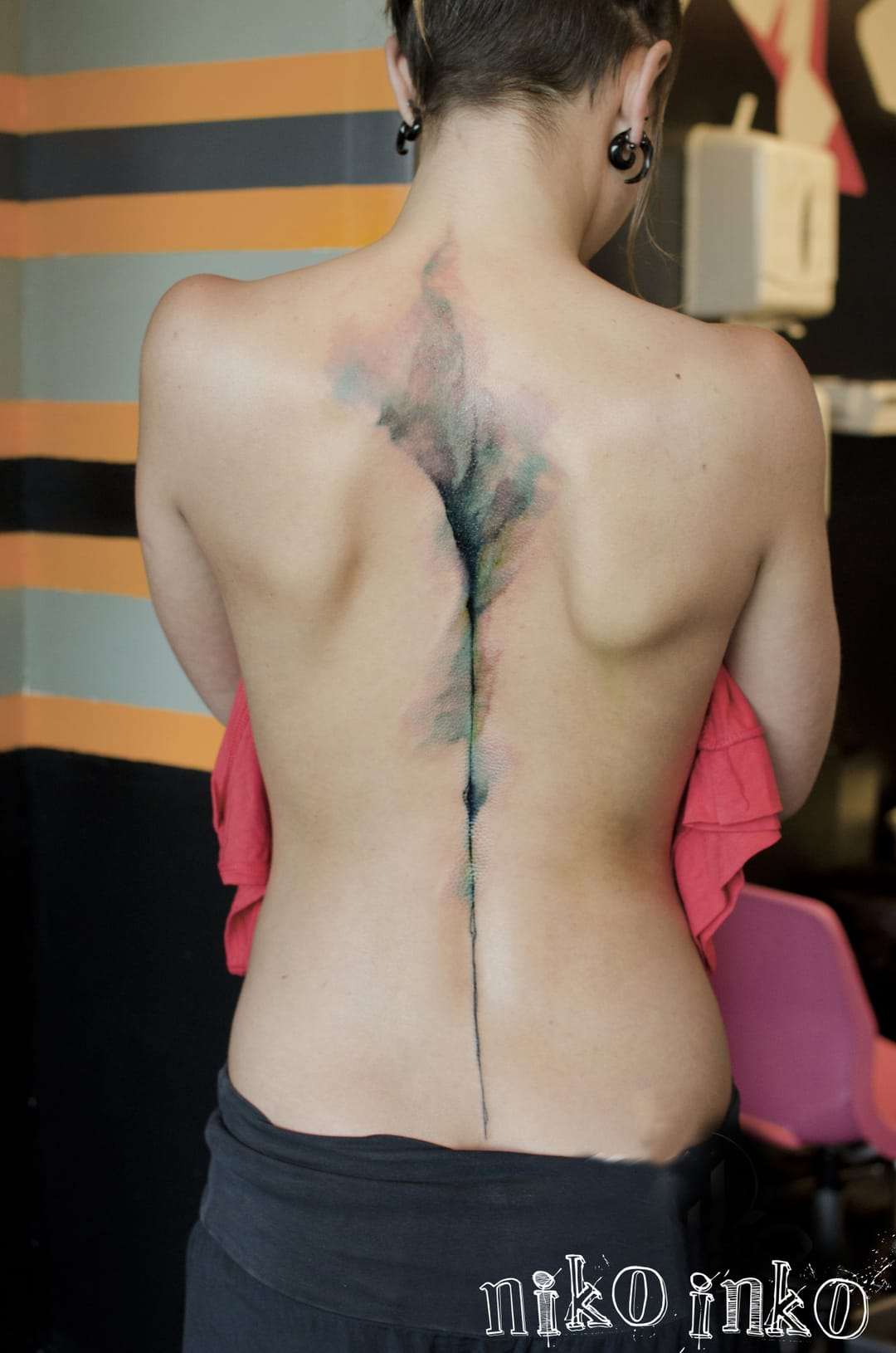 18 Awesome Spine Line Tattoos
