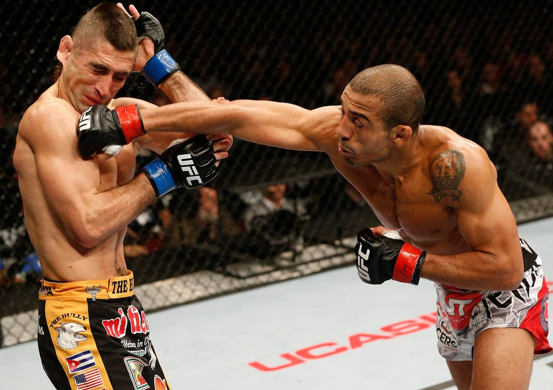 Aldo knocks-out Chad Mendes