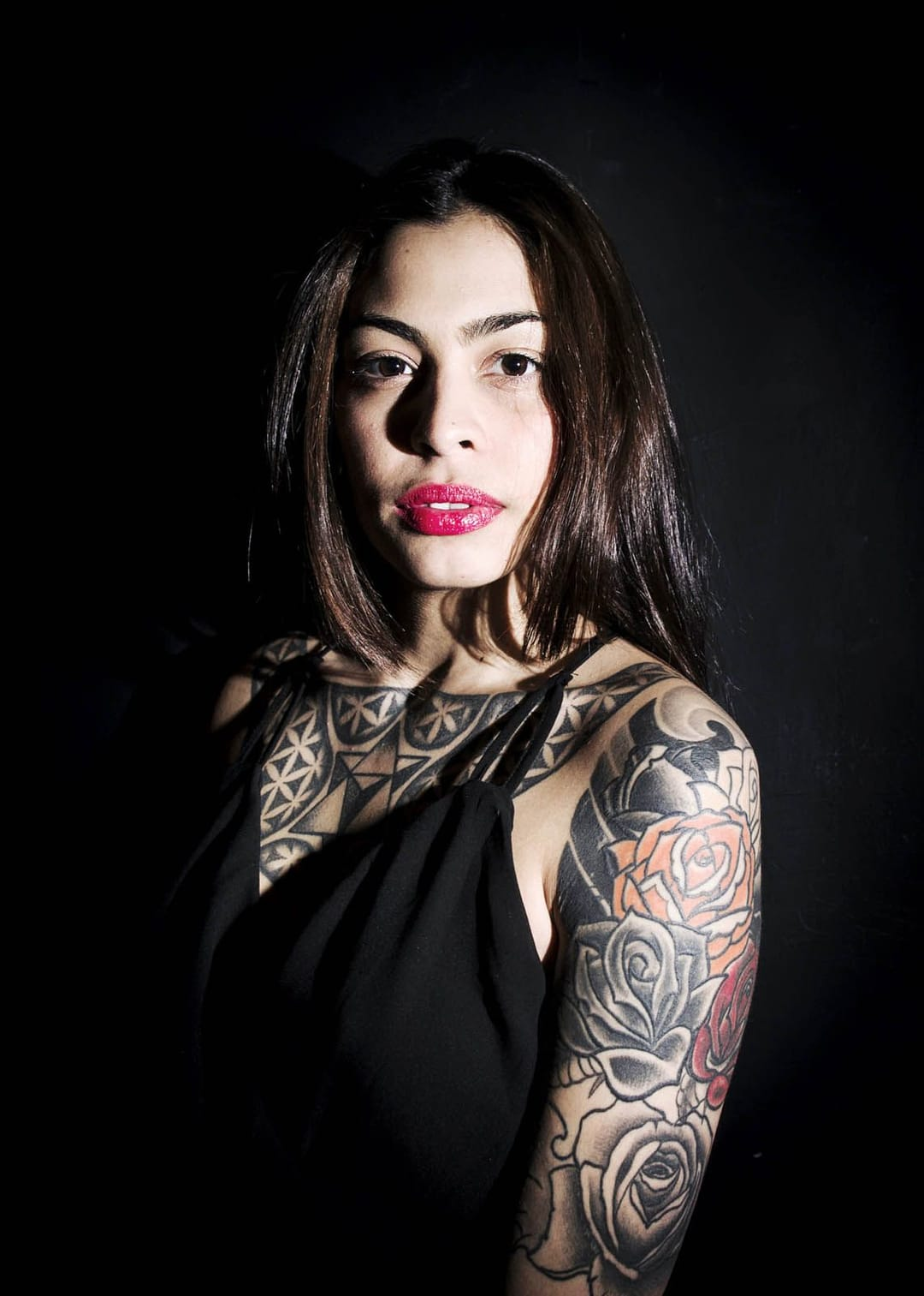 Niasia, 20, Tattoo Artist