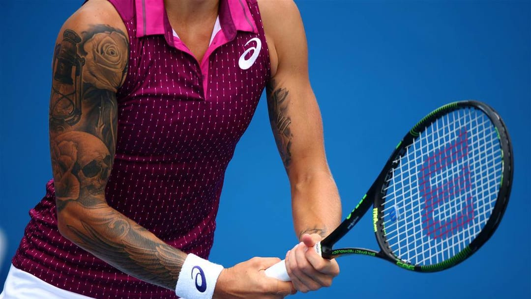 Slovenian tennis player Polona Hercog sick sleeve work! Photo by Mark Kolbe/Getty Images